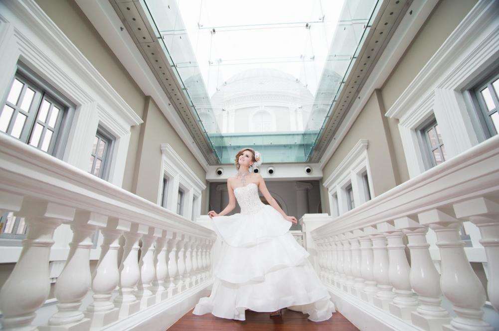 http://www.pwimages.com/images/perfectbride/118947a3fe671fa6b69c9ba3dcbf87aa-132.png