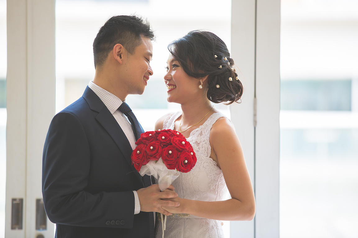 http://www.pwimages.com/images/perfectbride/1a5f1fed179dd79082c004fdab4a8a01-Will-Persis-21.jpg