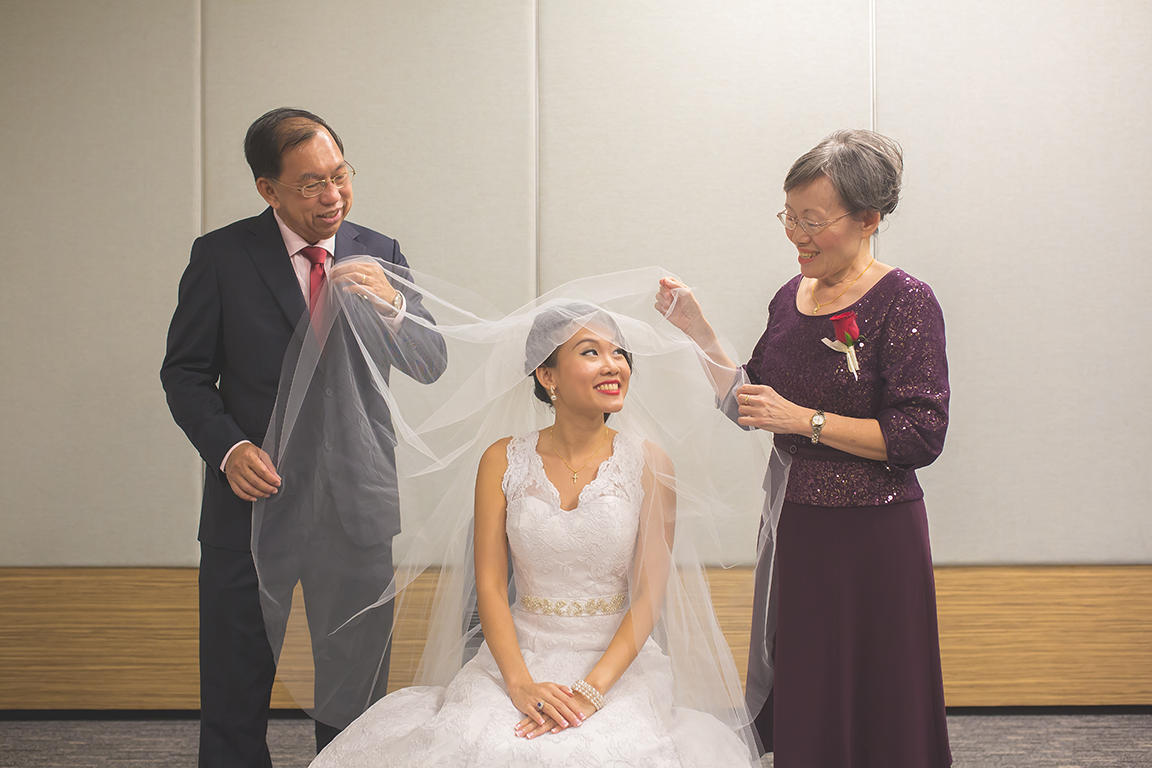 http://www.pwimages.com/images/perfectbride/2efe7b81d1fd1c1d4f127c2469a0eb4d-Will-Persis-31.jpg