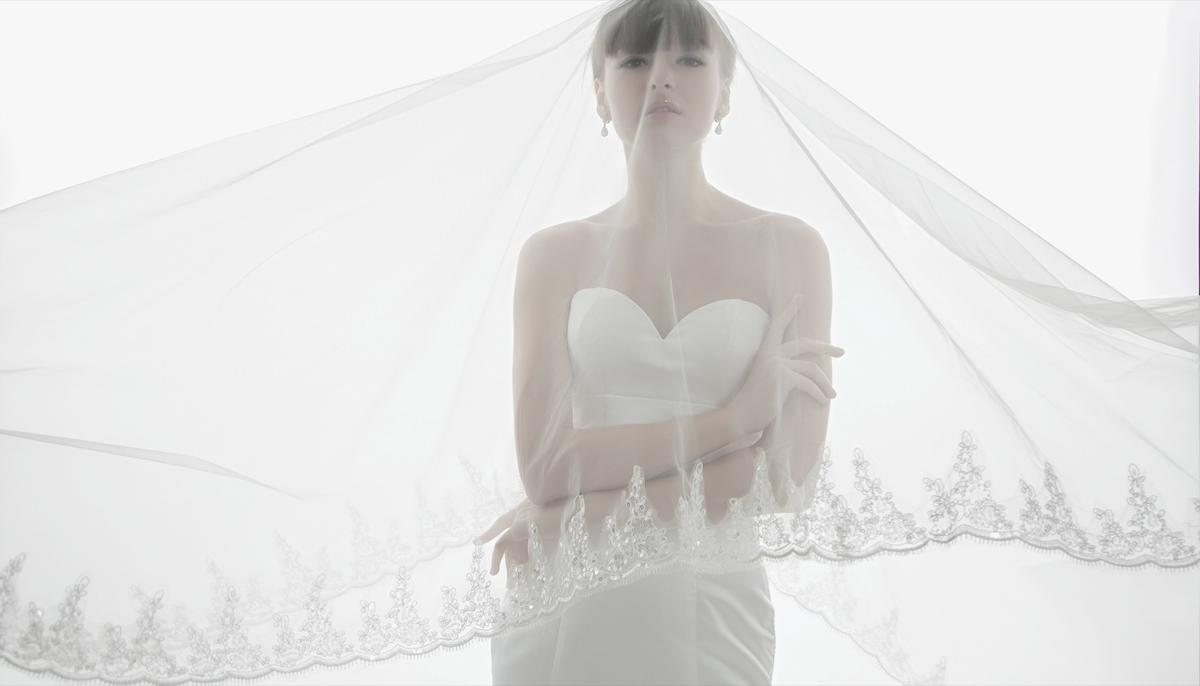 http://www.pwimages.com/images/perfectbride/53816e9f957e560ee1c745f90fd153fa-IMG_6356.jpg