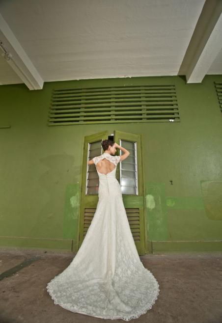 http://www.pwimages.com/images/perfectbride/5cf4ba704cd49301630eae545ffc4a42-17.png