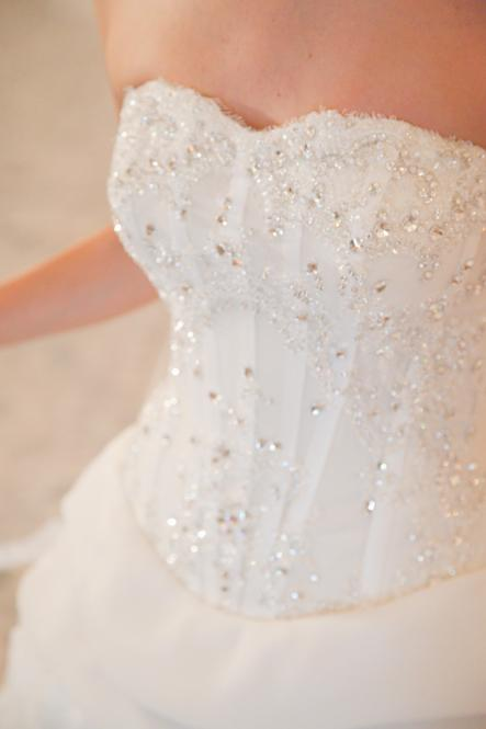 http://www.pwimages.com/images/perfectbride/6e268b1317a9ecefbc387be1c2f16585-137.png