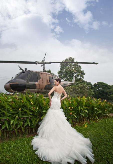 http://www.pwimages.com/images/perfectbride/8ac10dce0bf68b55ae297805aefa40d8-11.png