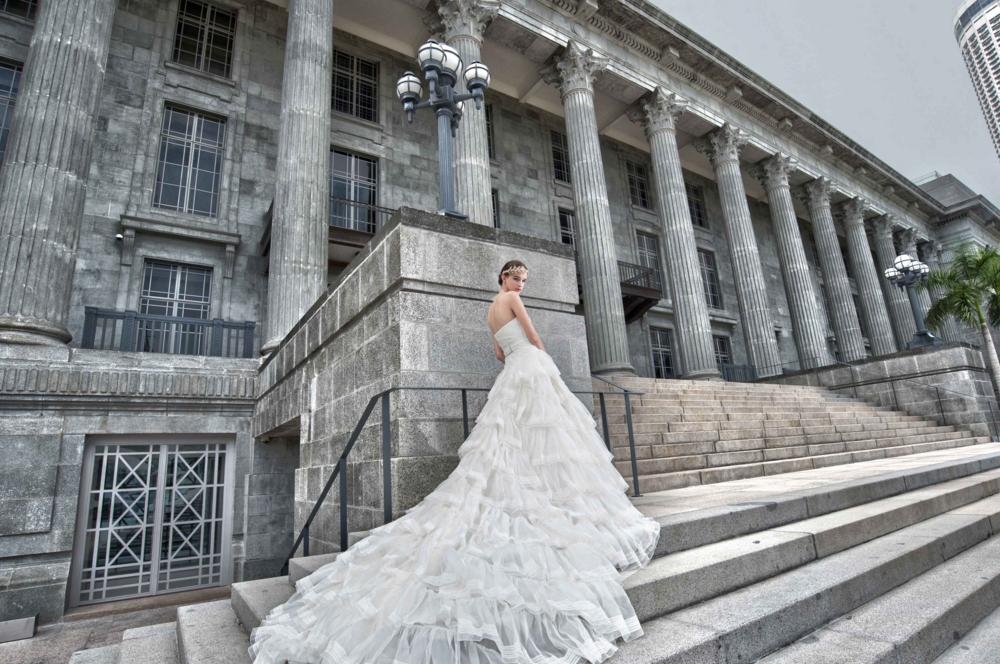 http://www.pwimages.com/images/perfectbride/b1cf052f54ed96a98ce09aea07613b8d-38.png