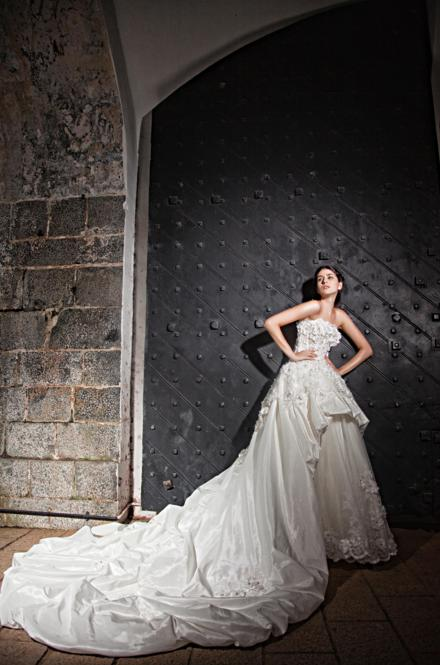http://www.pwimages.com/images/perfectbride/b703a9d041c3974c972b29f82f495b32-156.png