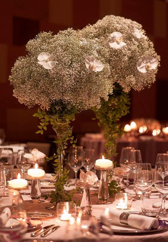 http://www.pwimages.com/images/perfectbride/c478fb95eb1dbdc60fc5e4024a835454-28-Table-Setting.jpg