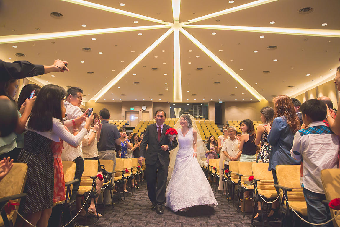 http://www.pwimages.com/images/perfectbride/d05302516f2279aecd413a139808f906-Will-Persis-40.jpg