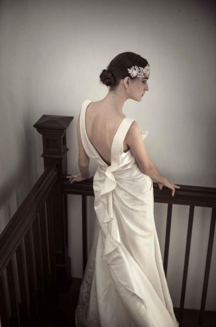 http://www.pwimages.com/images/perfectbride/d539bc232170a7db444ecd68b9ed487e-63.png