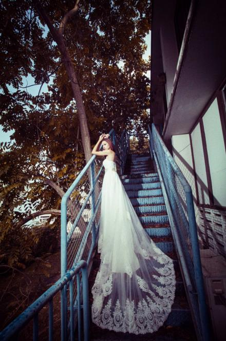 http://www.pwimages.com/images/perfectbride/f46dce67fdf5295dceda29d8fceb8590-189.png