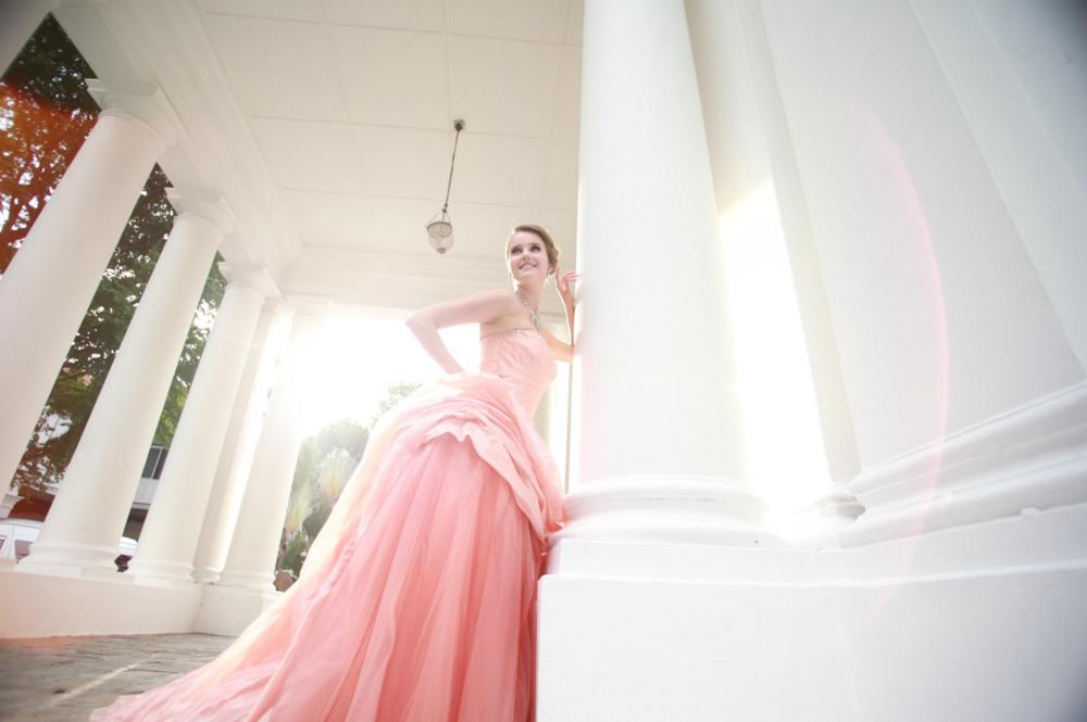 http://www.pwimages.com/images/perfectbride/f9dbbe6ab0fd3785a7dcd4a3475dc80e-118.png